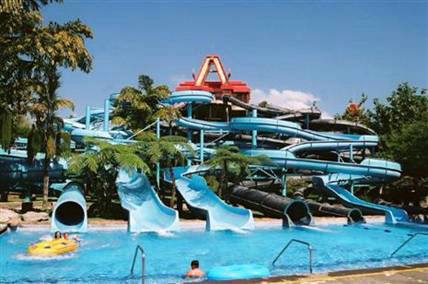 Funny Water Sport Games Fiberglass Water Slides for Kids' Water Playground 20m ~ 30m Length